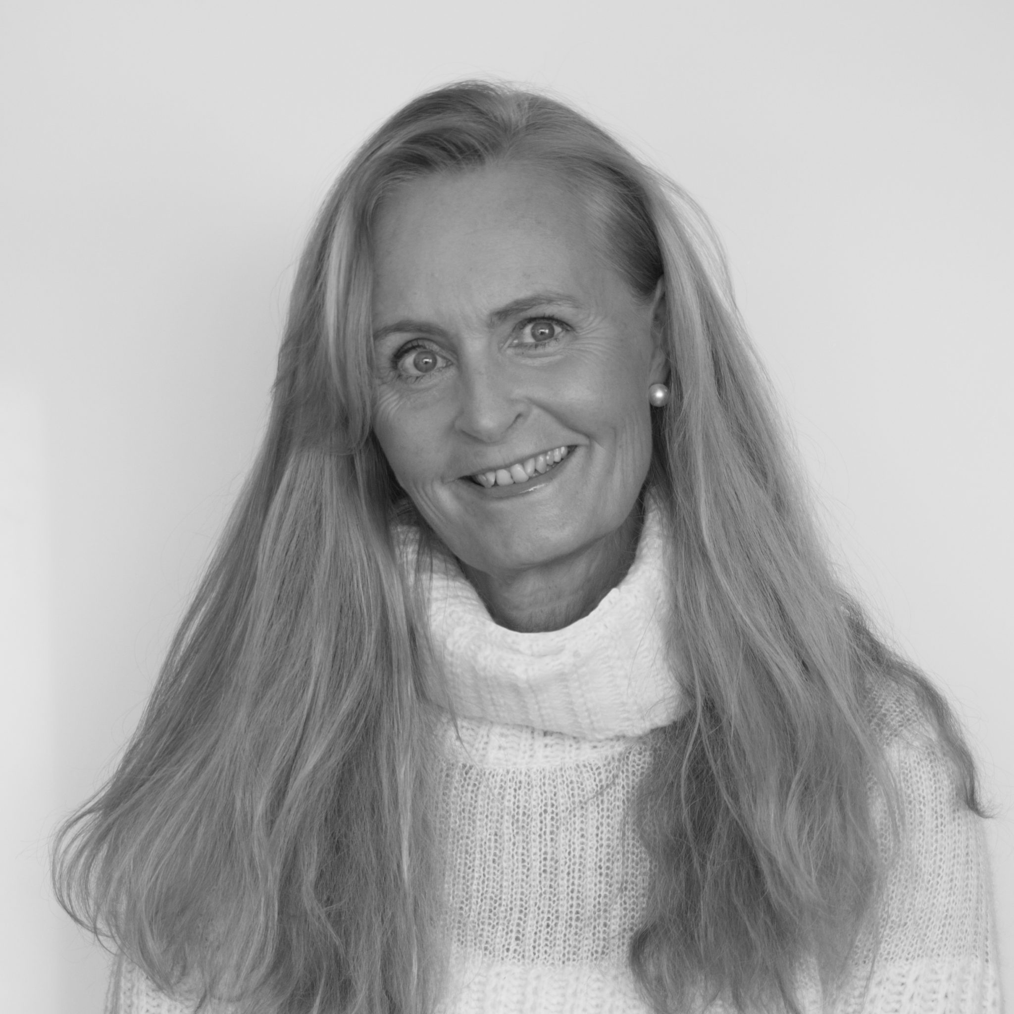 ELLEN CATHRINE photo