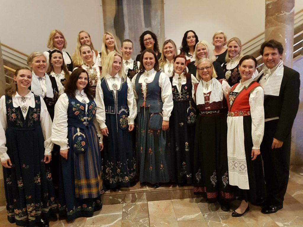 About Ladies evening - the Choir 1